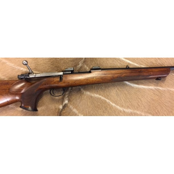 Husqvarna 1600 Custom .358 Norma Magnum (SOLGT)